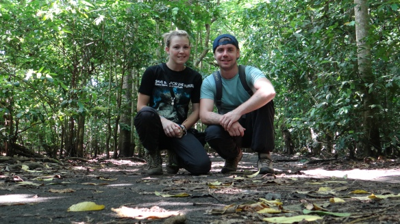 A big THANK YOU to our wonderful volunteer Jodie and her boyfriend Rob from the Selamatkan Yaki team!