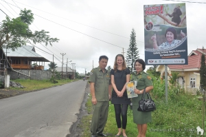 Hooray! Our first billboard was produced and up near a busy road before the holidays, effectively raising awareness about yaki conservation. Thank you Camat Ibu Syske supporting our cause!