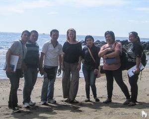 Tim survey kami yang hebat! Dari kiri ke kanan Alfons, Myckel, Donny, Thirza, Keren, Yunita and Ruth!