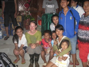 With some of the children taking shelter in a church. | Bersama beberapa anak yang mengungsi di gereja.