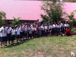The enthusiastic students from SMP N 9 Langowan.   Para siswa yang bersemangat di SMP N 9 Langowan.