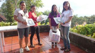 Prisi, Riri, Angel & Caroline are very artistic beings ;) | Prisi, Riri, Angel & Caroline adalah manusia-manusia yang sangat artistik ;)