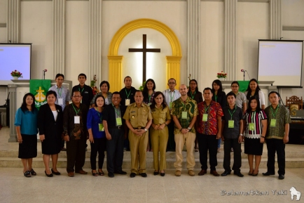 Participants and committee of the Torang Bacirita Green Gospel Workshop 2015